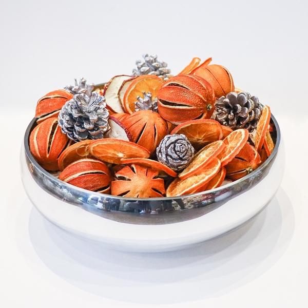 Picture of Festive potpourri bowl